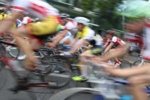 Multitasking beim Radrennfahren