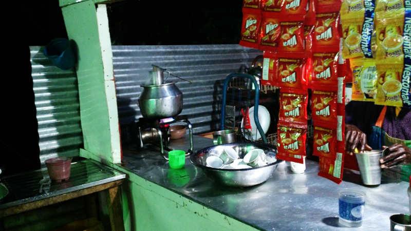 Teestation am Adams Peak, Pilger werden verköstigt