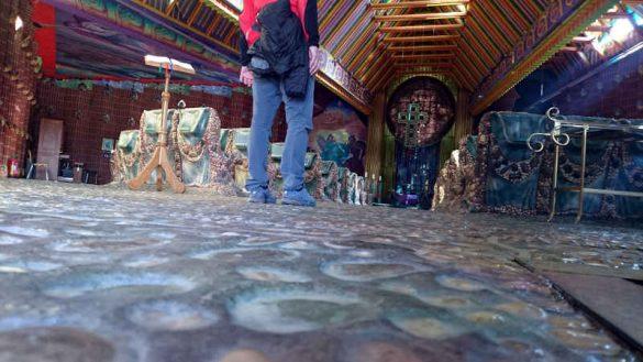 Boden der Jakobus Kirche in Thal, wie Therapie