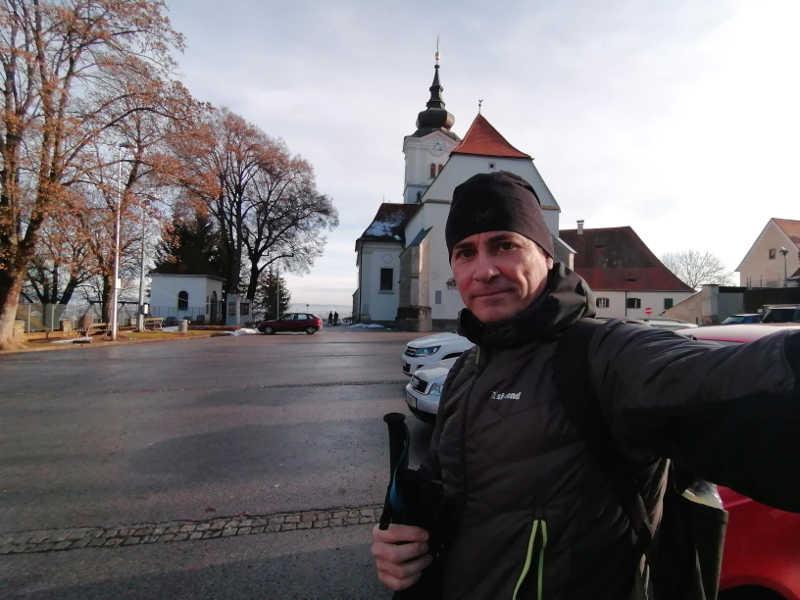 Start der Wanderung an der Kirche Wetzelsdorf, hier beginnt mein Grenzgang.